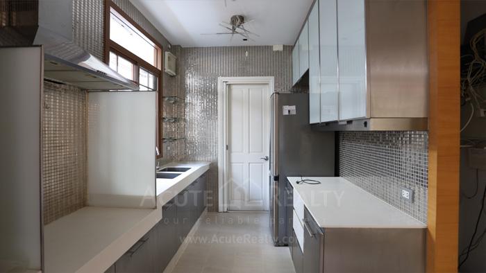 House  for sale & for rent Pattanakarn - Srinakarin image13