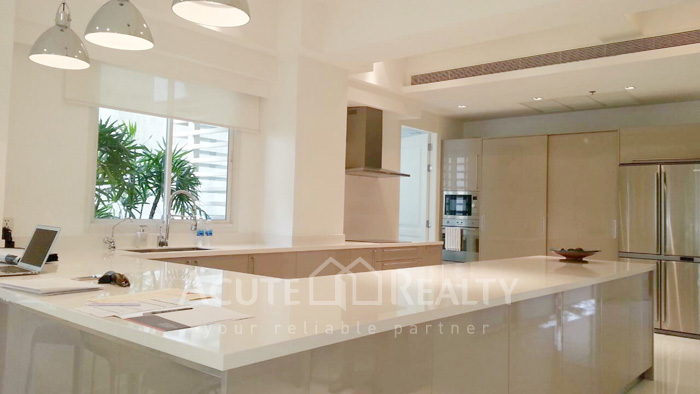 Condominium  for sale Narathorn Place Sathorn-Narathiwas image6