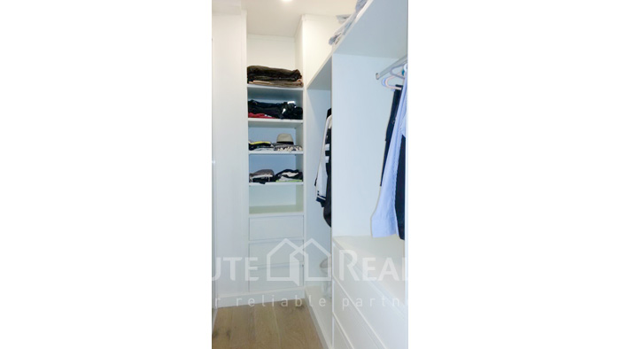 Condominium  for sale Narathorn Place Sathorn-Narathiwas image18