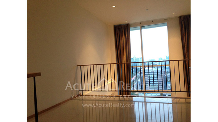 Condominium  for sale & for rent The Empire Place  Narathiwas-Sathorn rd. image1