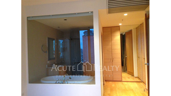 Condominium  for sale & for rent The Empire Place  Narathiwas-Sathorn rd. image6
