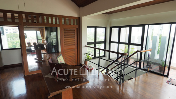 House, Home Office  for sale Sukhumvit 63 (Ekamai) image6