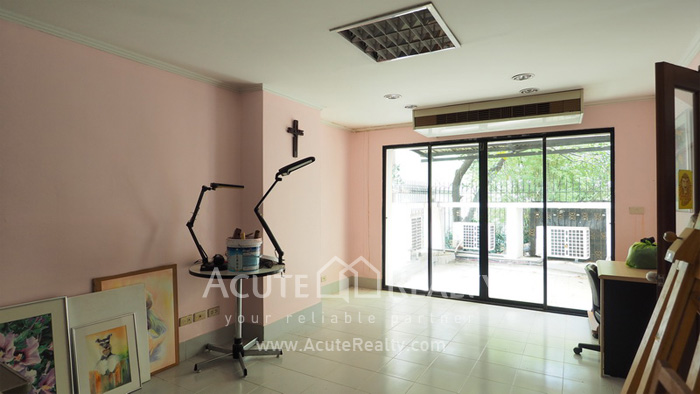 House, Home Office  for sale Sukhumvit 63 (Ekamai) image9