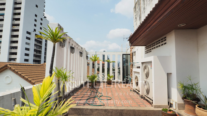 House, Home Office  for sale Sukhumvit 63 (Ekamai) image17