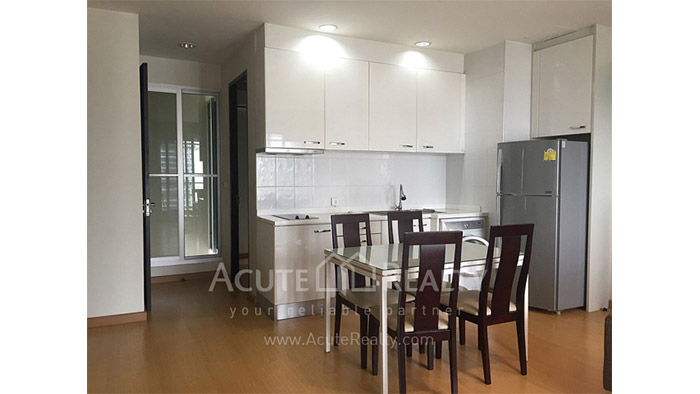 condominium-for-sale-the-address-siam