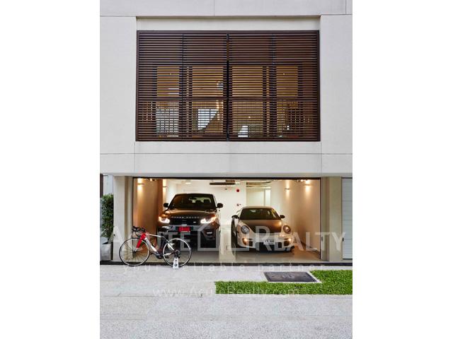 Condominium  for sale Baan Lux-Sathon Sathorn image0