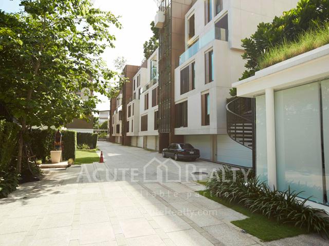 Condominium  for sale Baan Lux-Sathon Sathorn image2