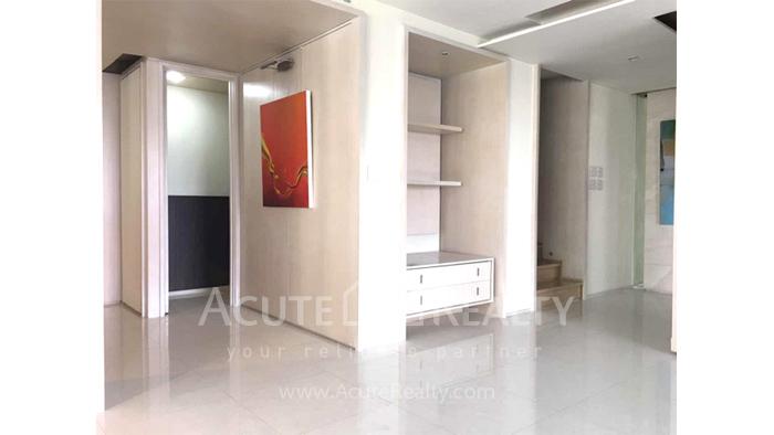 Condominium  for sale & for rent Baan Piya Sathorn Sathorn image13