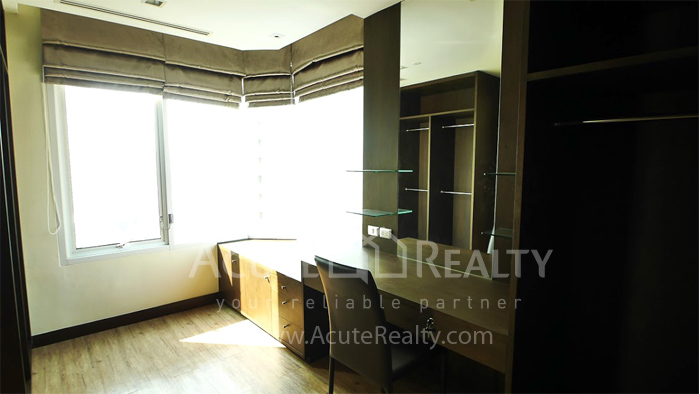 Condominium  for sale & for rent Ideal 24 Sukhumvit 24 image12