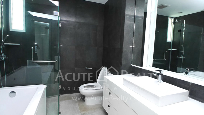 Condominium  for sale & for rent Ideal 24 Sukhumvit 24 image13