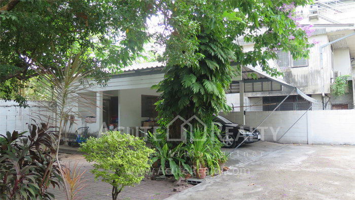 房屋, 家庭办公室  for rent Soi Intramara, Saphankwai image34