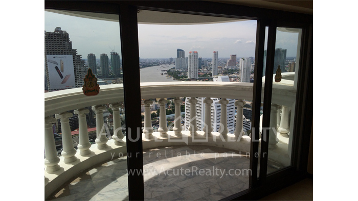 Condominium, Office Space  for sale State Tower Silom image10