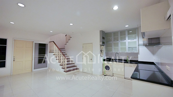 Townhouse  for sale & for rent rama 3 yannawa image3