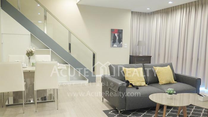 Condominium  for sale The Room Sukhumvit 21 Sukhumvit image1