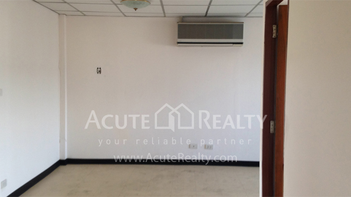 Apartment, Home Office, Office Building  for rent Sukhumvit 107 (Baering) image4