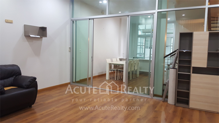 Townhouse, Home Office  for sale Ratchavipha image6
