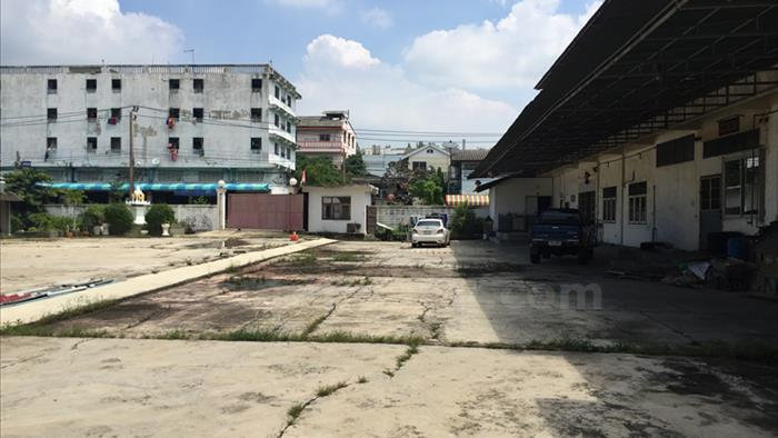 Land, Factory, Warehouse  for sale Suksawat Road image4