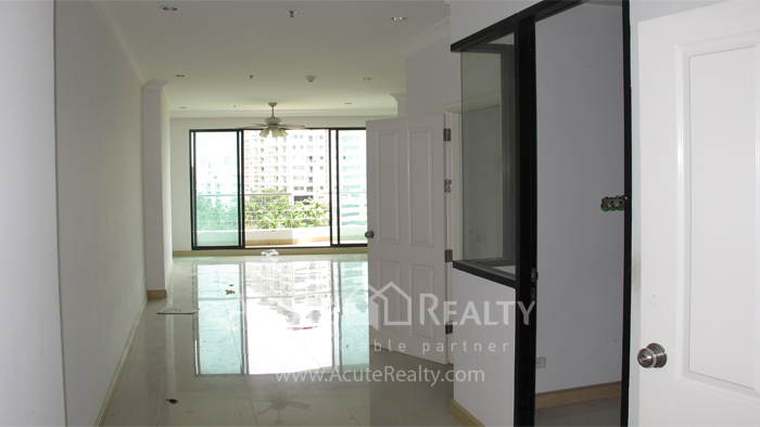 Condominium  for sale Supalai Casa Riva Charoenkrung image5