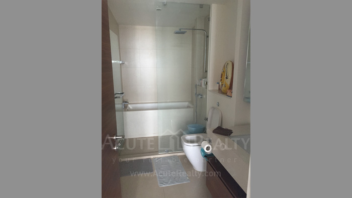 Condominium  for sale & for rent The River Charoennakorn image13