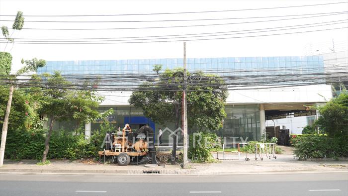 Warehouse, Showroom  for rent Sukhumvit, Samutprakarn image24