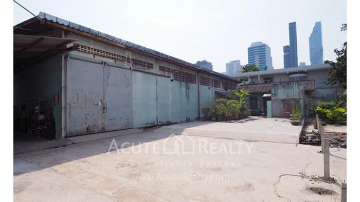 Land  for sale Naret road, Khet Bang Rak  image5