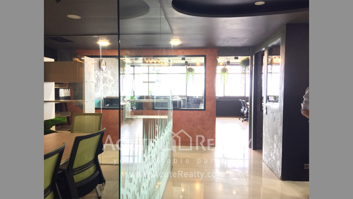 Office Space  for sale Phayathai image0