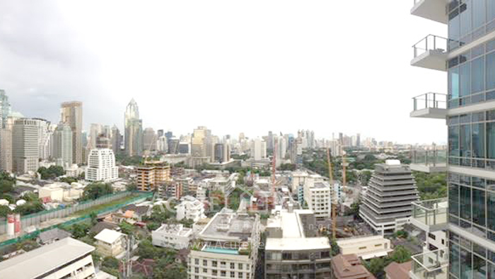 condominium-for-sale-185-rajadamri