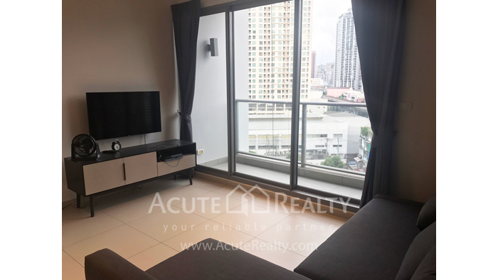 Condominium  for sale The Lofts Ekkamai Sukhumvit image0