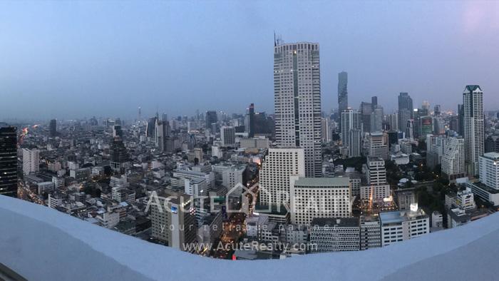 Condominium  for sale State Tower Silom image0