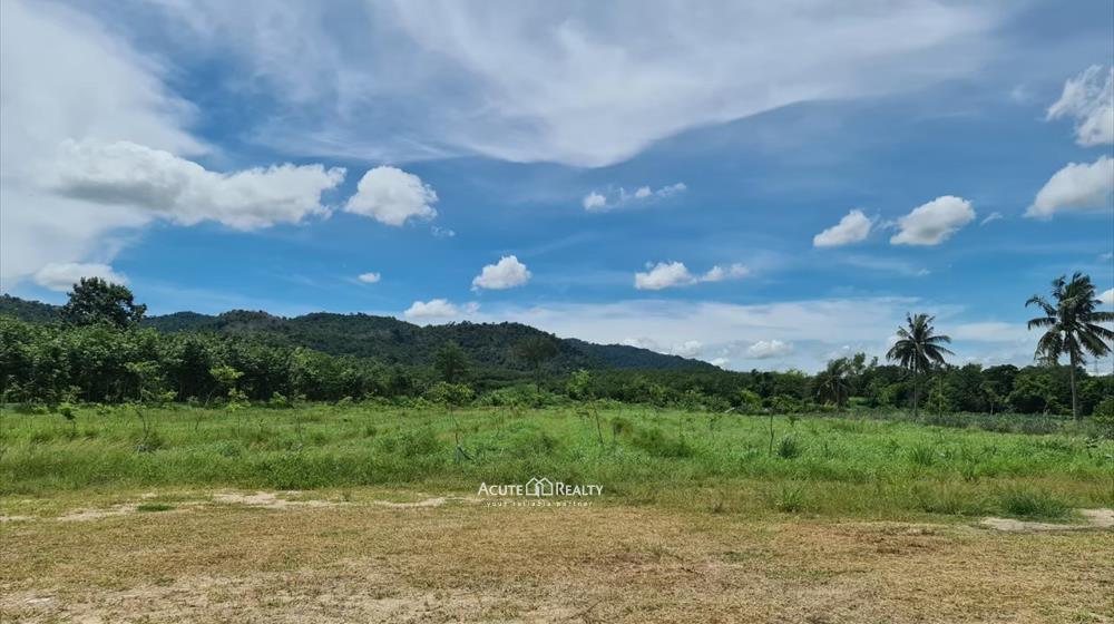 Land  for sale Khao Khan Song, Siracha District, Chon Buri  image2