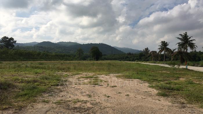 Land  for sale Khao Khan Song, Siracha District, Chon Buri  image3