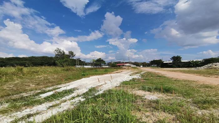 Land  for sale Bo Win, Si Racha District, Chon Buri  image1
