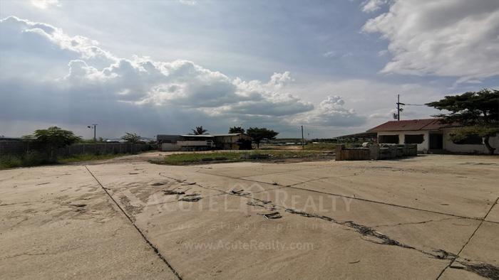 Land  for sale Bo Win, Si Racha District, Chon Buri  image8