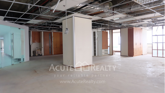 Office Space  for rent Rama 9 image1