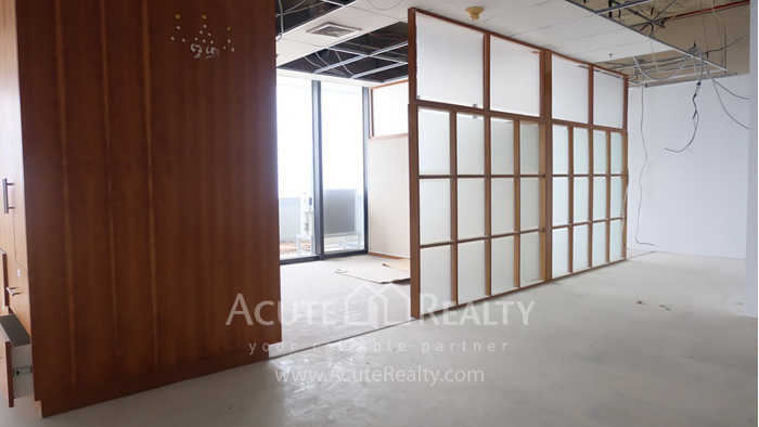Office Space  for rent Rama 9 image3