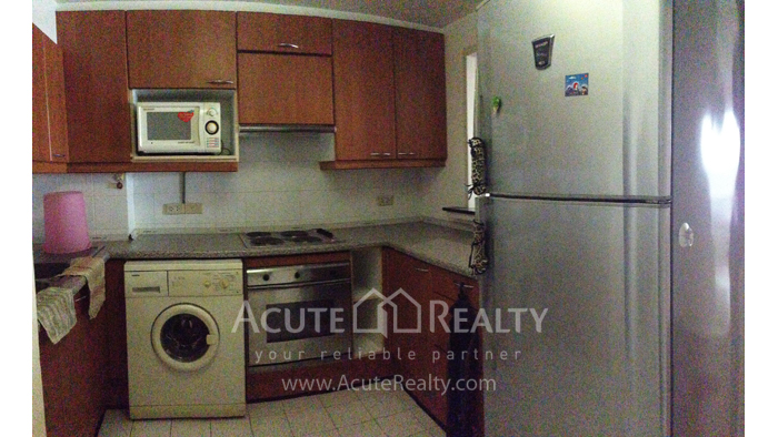Condominium  for sale Navin Court Ruamrudee image7
