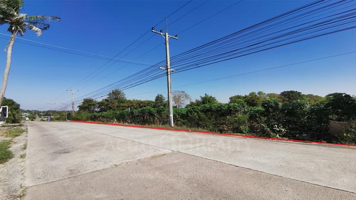 Land  for sale & for rent On 331 Road, Nongkham, Sriracha.  image1