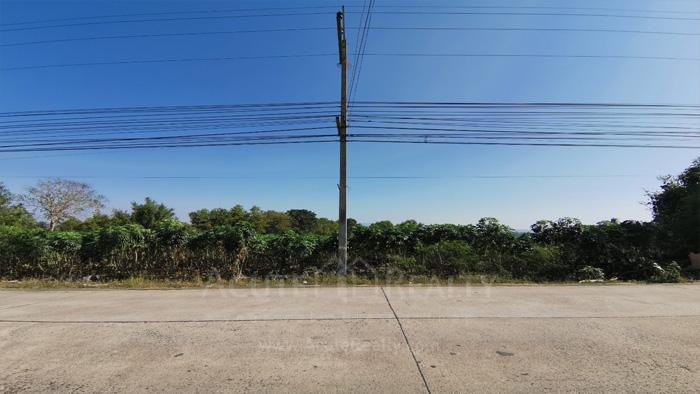 Land  for sale & for rent On 331 Road, Nongkham, Sriracha.  image3