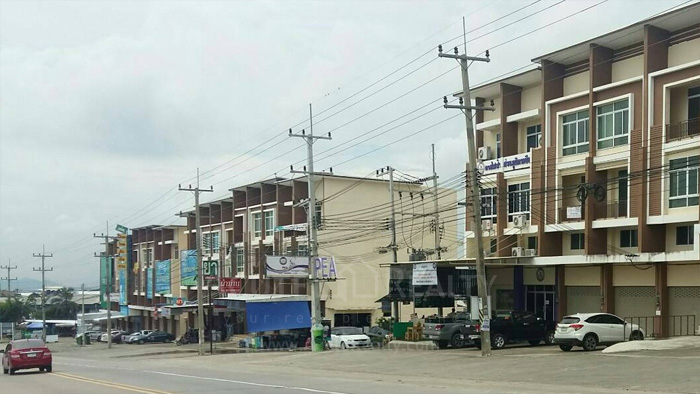 Shophouse  for sale & for rent Moo 5, Ban Khao Kha Yai, Bo Win, Sriracha, Chonburi. image0