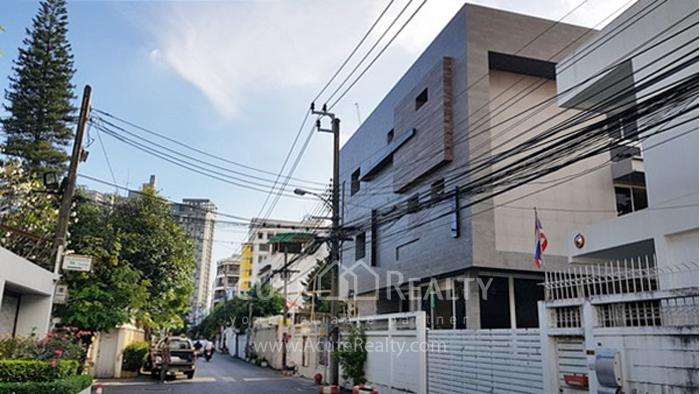 House, Home Office  for rent Sukhumvit 51 image9