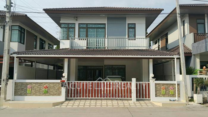 House  for rent Soi Wat kaotangon, Wang Hin, Sriracha, Chonburi. image0