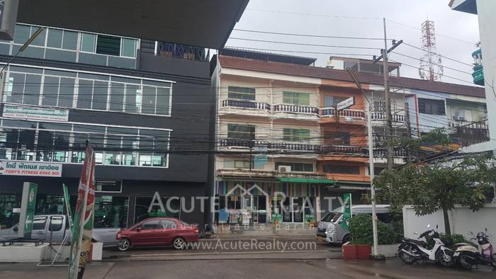 Shophouse  for sale Soi Boonprung Pattaya , Chonburi image0