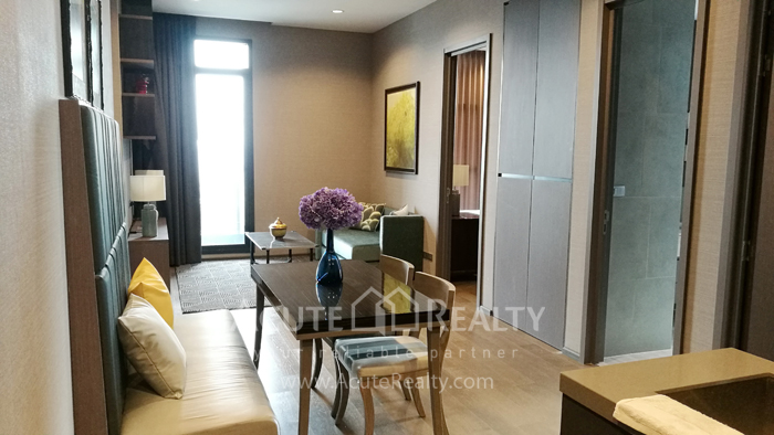 Condominium  for sale & for rent The Diplomat Sathorn Sathorn image1