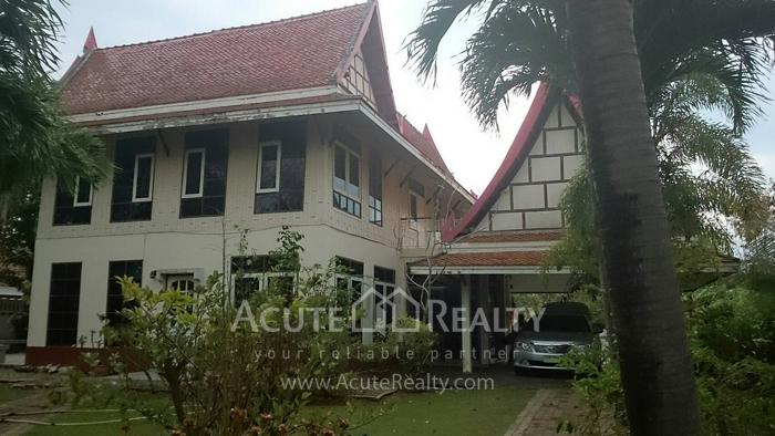 House  for sale Panya Resort. Bangpra-Sriracha. image1