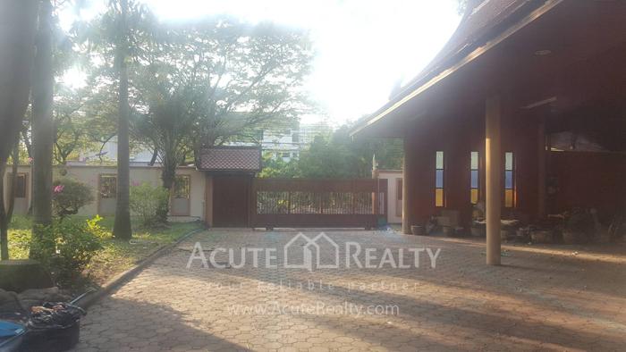 House  for rent Soi Ramkhamhaeng 12, Ramkhamhaeng Road. image13