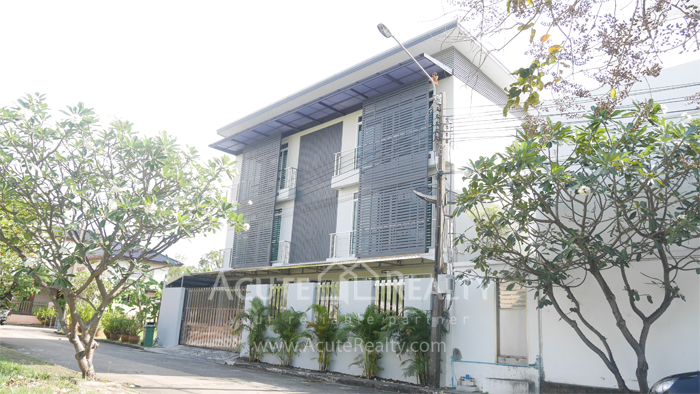House  for sale Bangna-Trad image0