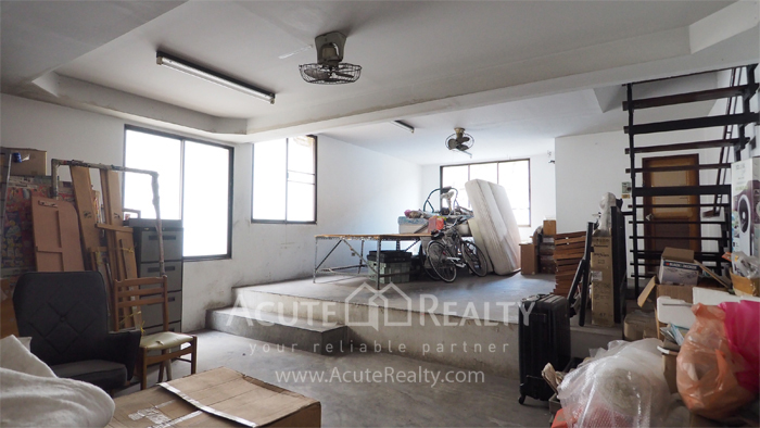 House, Home Office  for sale & for rent Sukhumvit 64 image1
