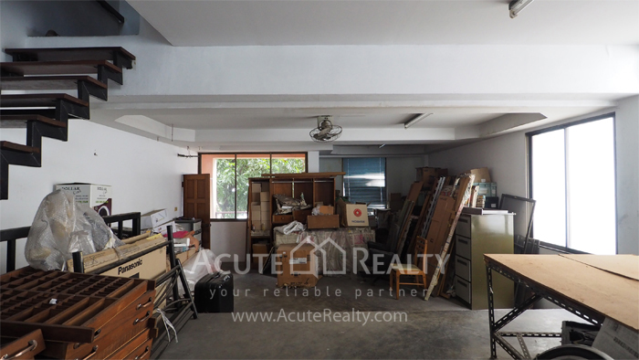House, Home Office  for sale & for rent Sukhumvit 64 image3