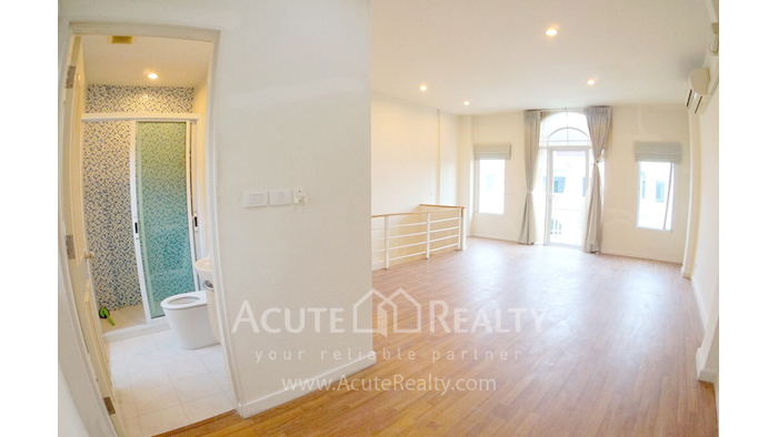 Townhouse  for sale - image3