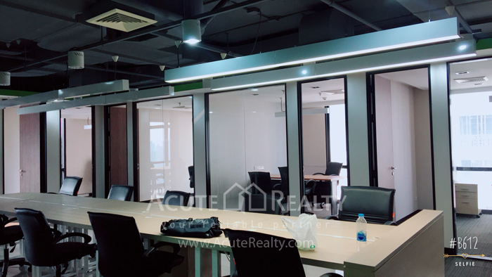 办公空间  for rent Sukhumvit 21(Asoke) image3